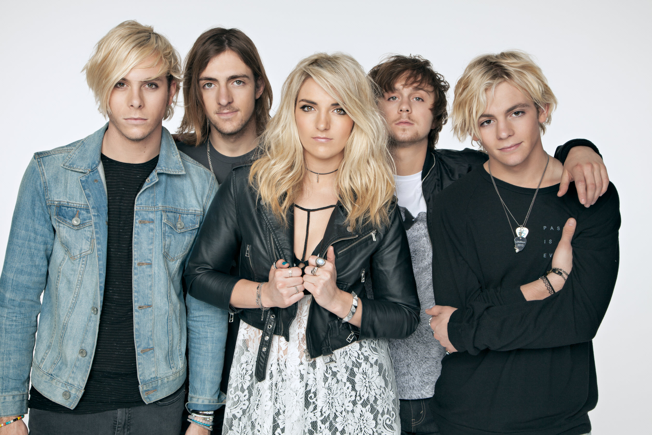 R5 Rocket To Number 1 with World Tour, Hit Single & GMA Performance (@ ...